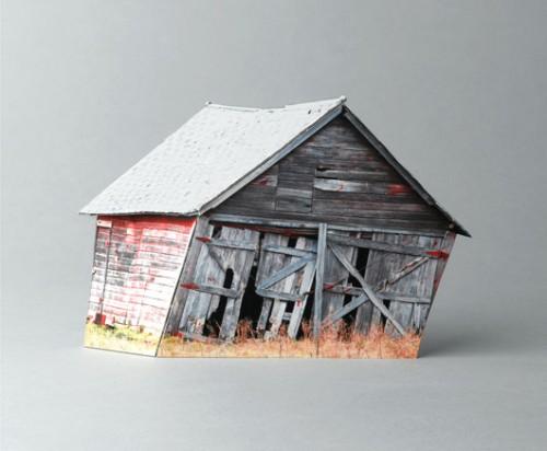 """עופרה לפידמתוך הסדרה """"בתים שבורים"""", 2011־2010, הזרקת דיו על נייר ארכיוני, 30 36xס""""מ"""