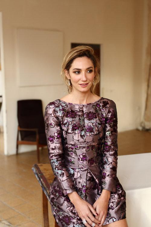 מיכל אנסקי: שמלה: דיור לאניגמה, תכשיטים: פדני | צילום: אייל נבו