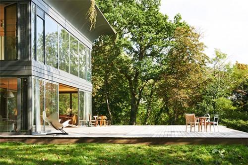 בית טרומי אקולוגי בעיצוב פיליפ סטארק