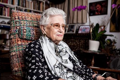המובילה הבולטת של העניין העולמי בנו כשייסדה את המותג משכית בשנת 1954. רות דיין | צילום: רון קדמי