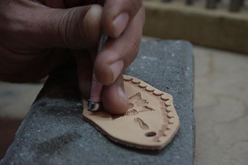 סדנת העור אומניה. צילום: אורלי גינוסר