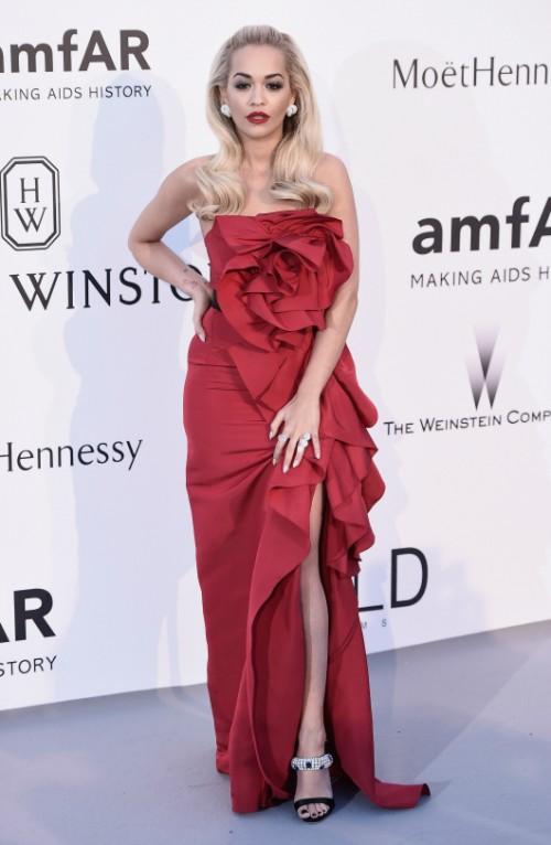 מי דקר את ריטה אורה? הזמרת לובשת מרקזה | צילום: גטי אימג'ס