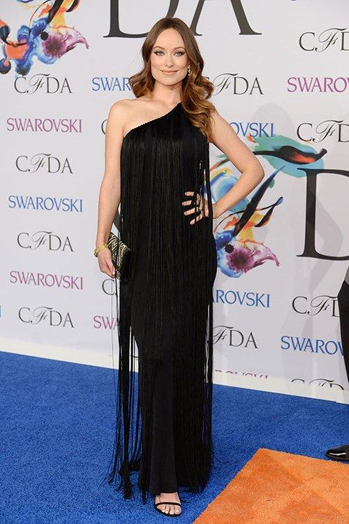 אוליביה ווילד בשמלה על פי בחירתה של קרלה וולש | צילום: GettyImages