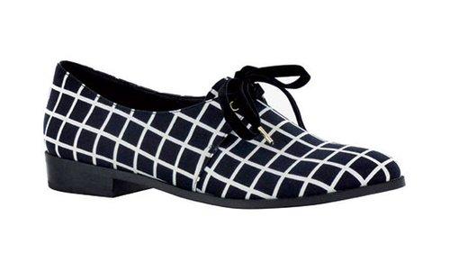 """נעליים שופרא 329 ש""""ח   צילום: יח""""צ"""