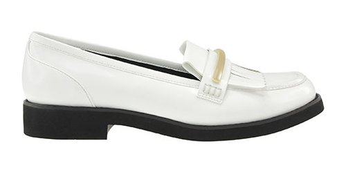 "נעליים צ'ארלס אנד קית', 299.90 ש""ח   צילום: יח""צ"