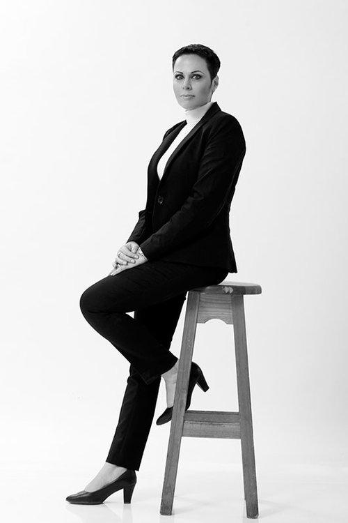 שרון בירון מרקוביץ | איפור ושיער: מעיין חוגג | צילום: סם יצחקוב