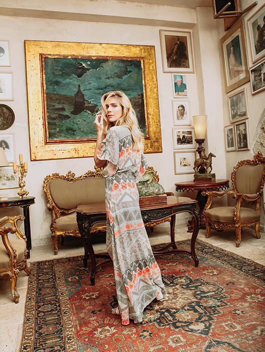 שמלה קסטרו 359 ש״ח |נעליים שוז ווב סטור 650 ש״ח |צמיד מלכה תכשיטים 1,100 ש״ח | צילום: ליה צ'סנוקוב