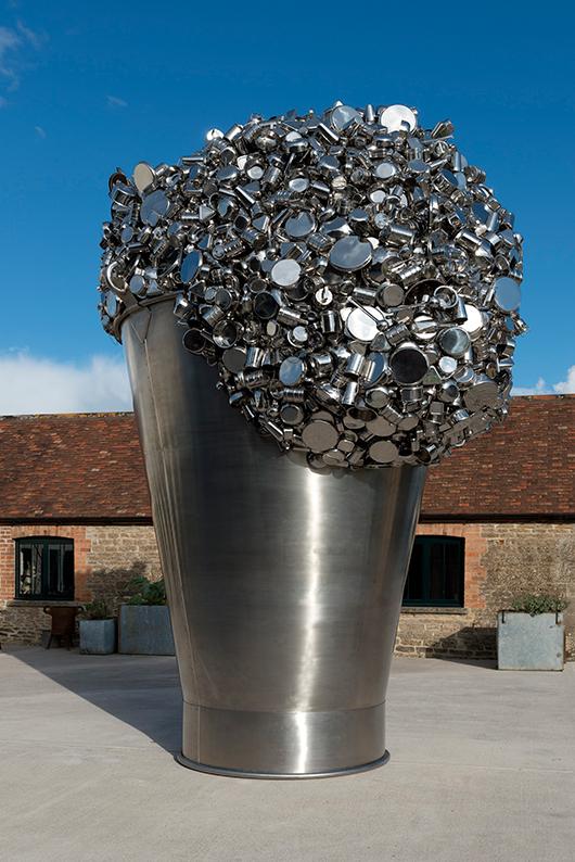 When Soak Becomes A Spill   באדיבות האמן וגלריה Hauser & Wirth Subodh Gupta