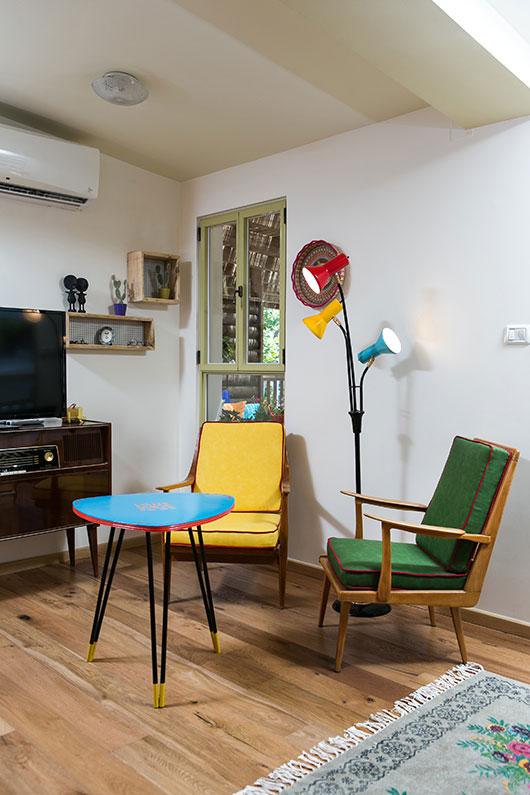 פינת הישיבה בסלון | צילום: שירן כרמל