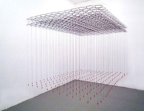 """Pencil Rain"" באדיבות Helga Stüber-Nicolas"