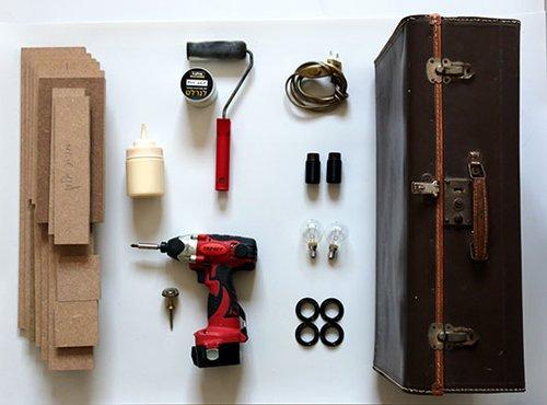 חומרים וכלי עבודה | צילום: לינוי לנדאו