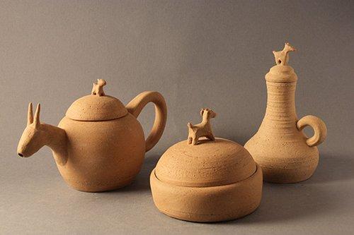 כלים משאריות חומר ממוחזר בהשראת ממצאים ארכיאולוגיים