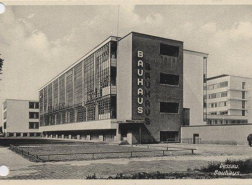 בניין באוהאוס דסאו, 1927| צלם לא ידוע