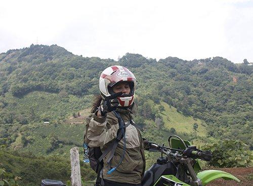 שרן השכל בטיול אופנועי שטח בקוסטה ריקה, 2009 | צילום ביתי