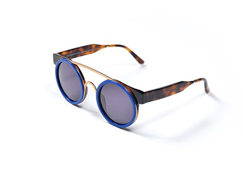קולקציית משקפי השמש Sodapop למותג SmokexMirorors בעיצוב עודד ובמן | ניסיון לשנות, ולו במעט, את אופן הייצור בשוק רווי עיצובים