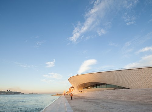 המוזיאון לתרבות, אדריכלות וטכנולוגיה: 15 אלף אריחים תלת ממדיים | צילום: Francisco Nogueira