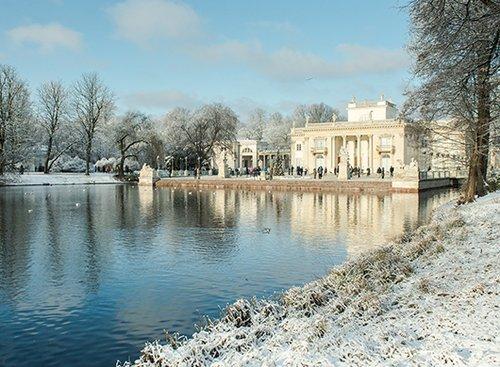 הבית הלבן בפארק לזיאנקובסקי   צילום: המכון הפולני בתל אביב Warsaw Tourist Office