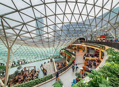מרכז הקניות Zlote Tarasy   צילום: shutterstock
