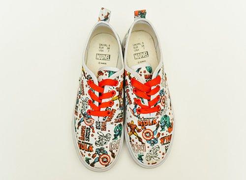 """נעליים של נוני פורטונה, 40 ש""""ח   צילום: שי פרנקו"""