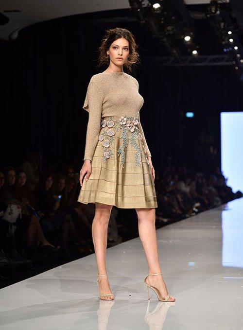 מתוך התצוגה של חנה מרילוס בשבוע האופנה גינדי תל אביב 2017 | צילום: שי פרנקו