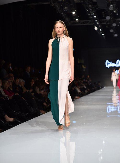 מתוך התצוגה של גדעון וקארן אוברזון בשבוע האופנה גינדי תל אביב 2017 | צילום: שי פרנקו