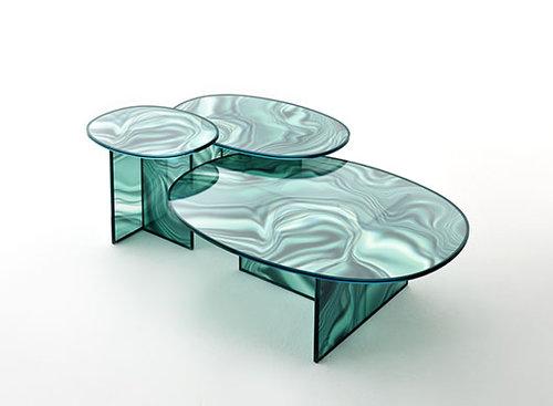 "Liquefy – שולחן הזכוכית של פטרישיה אורקיולה לחברת Glass Italia | צילום: יח""צ"