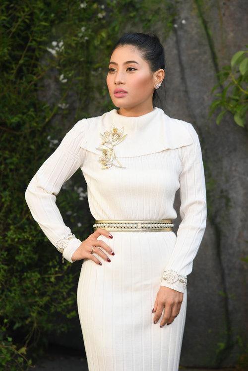 הנסיכהסיריואנאווארי נאריראטאנה מדגימה בדיוק איך צריך להופיע לתצוגת אופנה של שאנל | צילום: Gettyimages