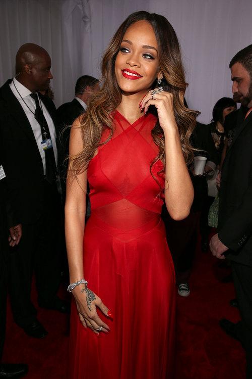 וככה: ריהאנה בטקס הגראמי 2013 | צילום: Gettyimages