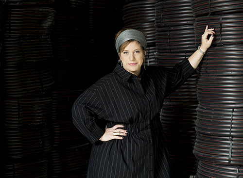 מיכל גלר לובשת שמלה של רונן חן | צילום: מירי דוידוביץ' סטיילינג: שיר פלד