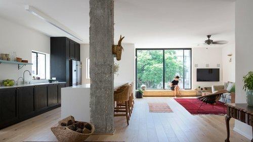 בית מרגיע בלב תל אביב: אדריכלות ועיצוב פנים: ענת לזר־רונן | צילום: שי אפשטיין