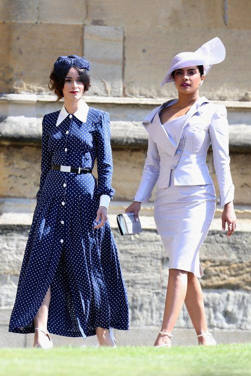 אנחנו מהצד של הכלה: אביגייל ספנסר (משמאל) בחתונה המלכותית כשלצידהפריאנקה צ'ופרה המהממת, חפשו אותה עוד כמה שורות למטה ברשימת המתלבשות המצטיינות | צילום: Gettyimages
