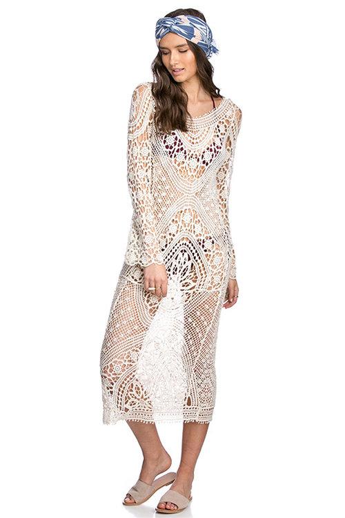 שמלת מקסי קרושה מחשוף גב. צילום: בר שריר