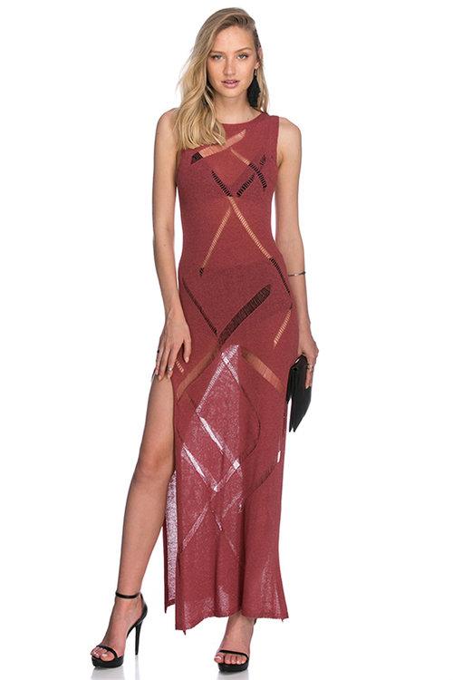 שמלת מקסי סרוגה. צילום: בר שריר