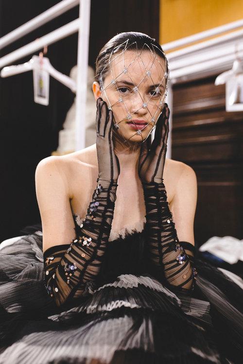 שבוע אופנת הקוטור בפריז: התכשיטים של קרן וולף מככבים בתצוגה של גליה להב | צילום: ליאה גלדמן