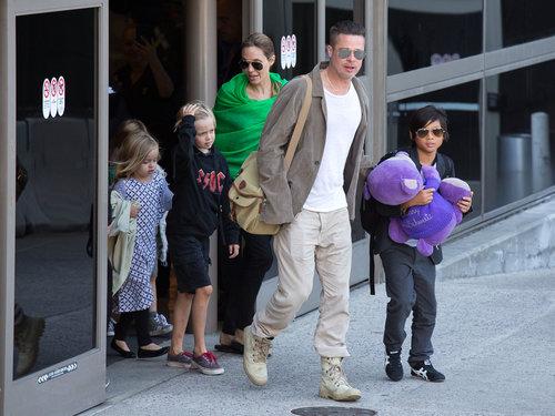אנג'לינה ג'ולי, בראד פיט והילדים | צילום: Gettyimages