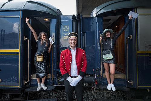 """""""הרגשנו בתוך סיפור, בעולם אחר ובתקופה אחרת"""".שלומית מלכה ודר זוזובסקי   צילום: Nico Copin for Chanel"""