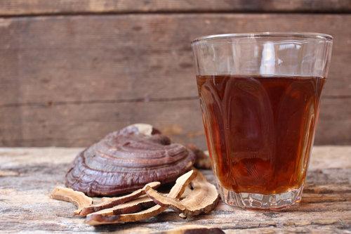תה ממיצוי פטריית ריישי | צילום: שאטרסטוק