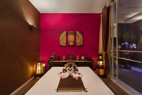 ספא שבע במלון הילטון   צילום: אסף פינצוק