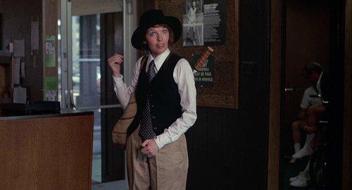 """""""יש לי יחסיםמורכבים עם וודיאלן. ככל הנראה, עד שיתבררו כל החשדות, הוא סוטה"""",דיאן קיטון   צילום מסך מהסרט """"הרומן שלי עם אנני"""""""