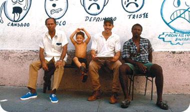 הקובנים בכלל ותושבי סנטיאגו דה קובה בפרט הם אנשים נעימים, שמחים, טובי לב וידועים בהכנסת האורחים הנהדרת שלהם
